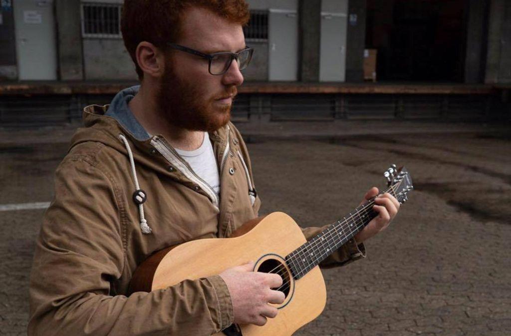 """Tobias Dellit präsentiert sein Album """"Kümmel"""" am Samstag im Stadtpalais. Foto: Veranstalter"""