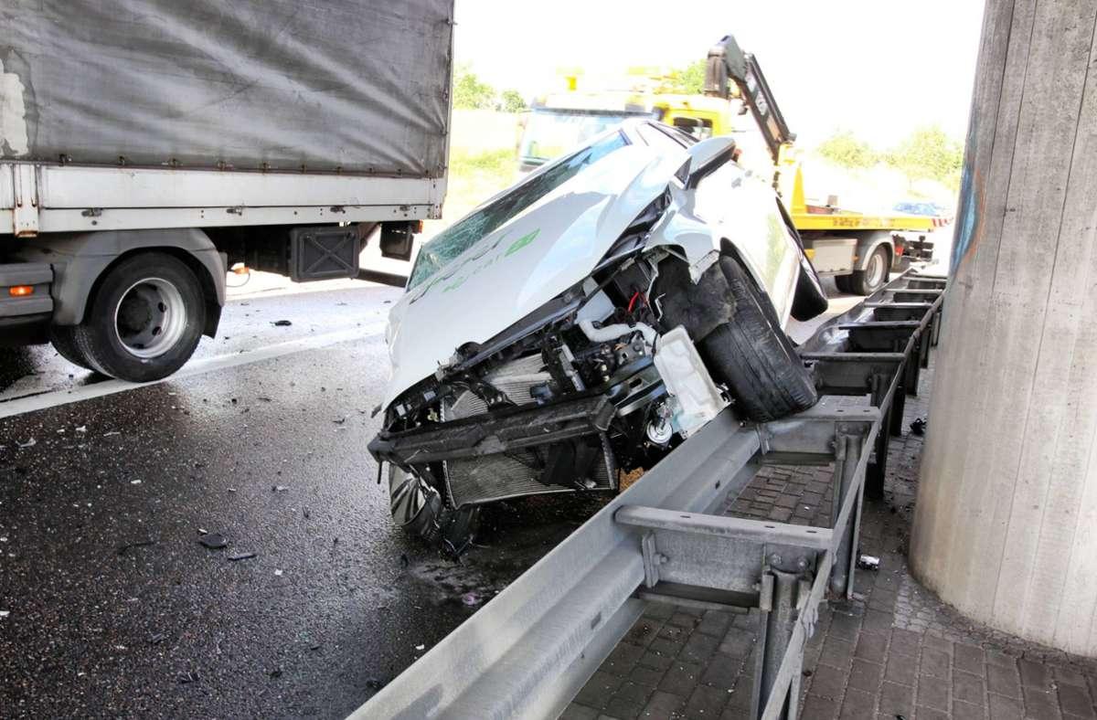 Beim Unfall  entstand ein Schaden in Höhe von etwa 50000 Euro. Foto: 7aktuell.de/Kevin Lermer