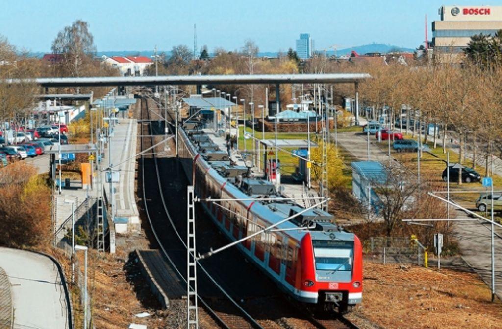 Wo heute S-Bahnen rollen, soll künftig auch der Fernverkehr rollen. Foto: Günter Bergmann