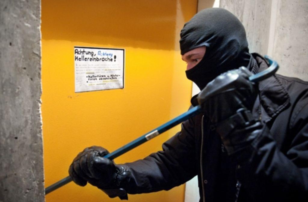 Die Polizei informiert, wie Bewohner ihre Häuser besser schützen können. Foto: