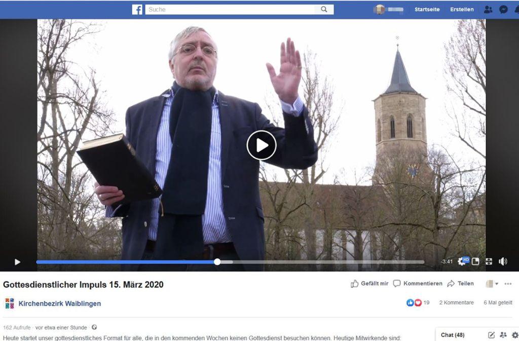 Beim ersten Online-Gottesdienst sprach Tobias Küenzlen. Foto: Screenshot/facebook.com