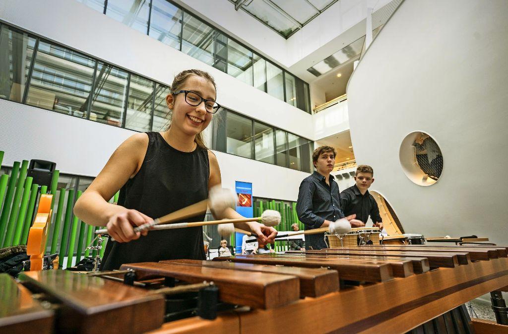 Trmmelwirbel: Junge Talente der Stuttgarter Musikschule  zu Gast im Olgäle Foto: factum/Weise