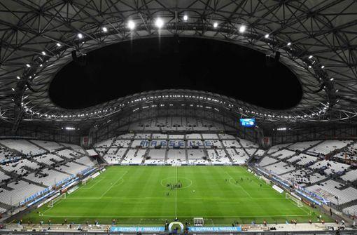 Newsblog: Eröffnungsspiel der französischen Ligue 1 verschoben
