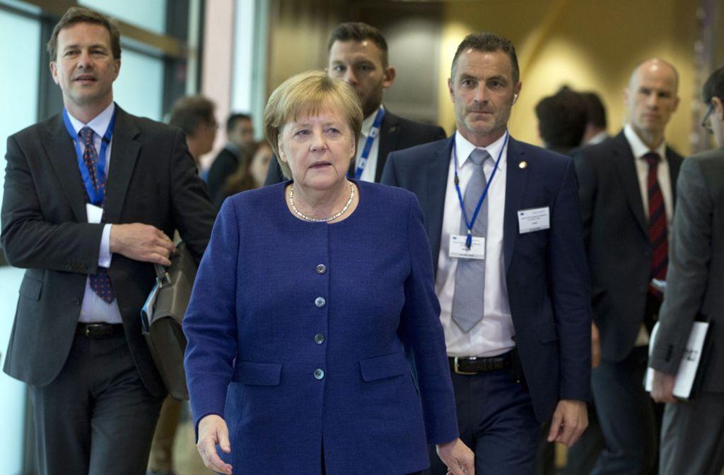 Bundeskanzlerin Angela Merkel sucht einen schnellen Asylkompromiss beim EU-Sondertreffen in Brüssel. Foto: AP