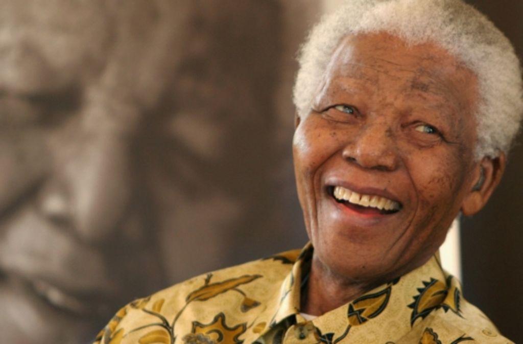 Nelson Mandela, der frühere Präsident Südafrikas und Nobelpreisträger, ist am späten Donnerstagabend verstorben. Foto: AP