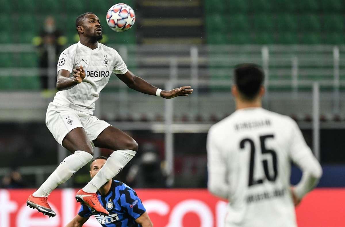 Marcus Thuram von Borussia Mönchengladbach hatte eine Diskussion mit einem Stadionordner in Mailand. Foto: imago images/Gribaudi/ImagePhoto