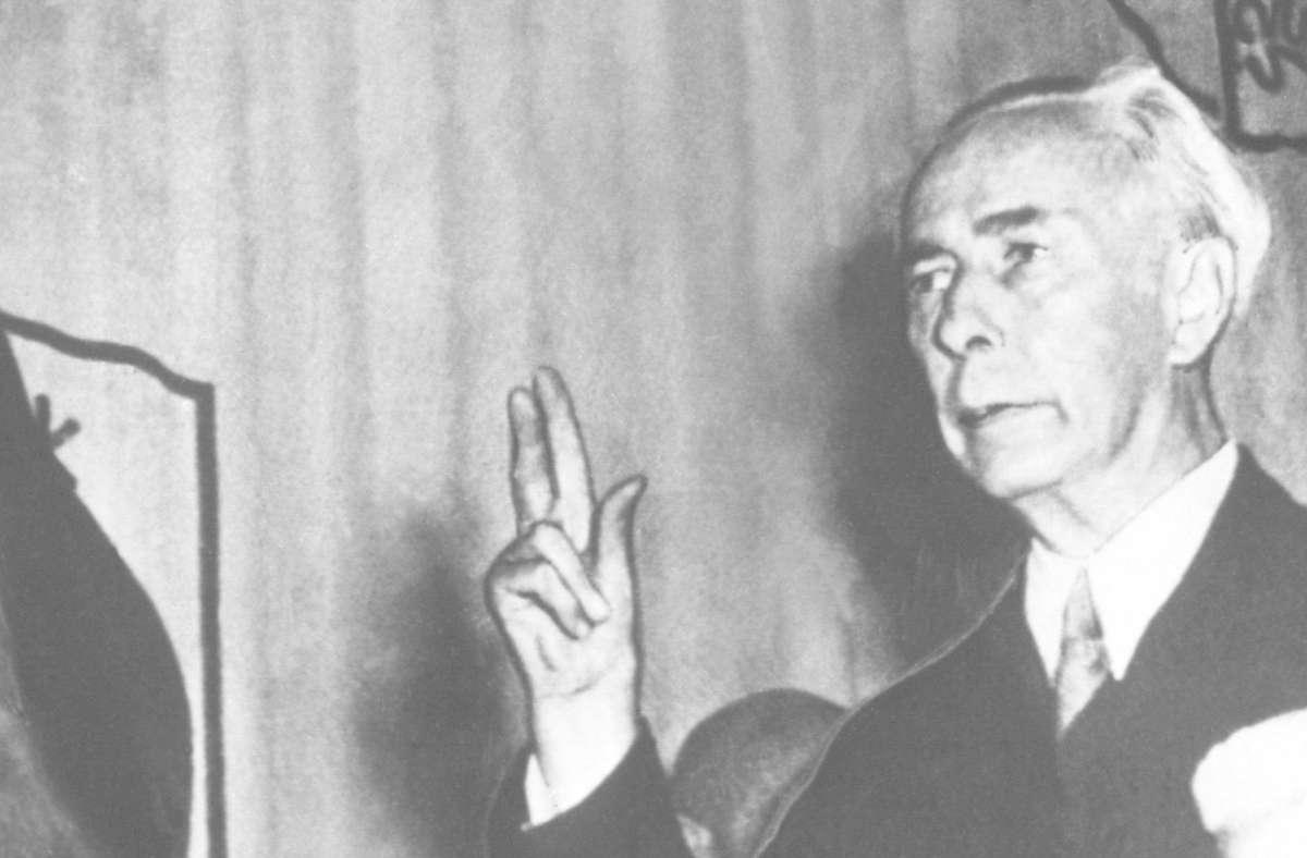 Theodor Heuss 1949 bei seiner Vereidigung als erster Bundespräsident Foto: dpa