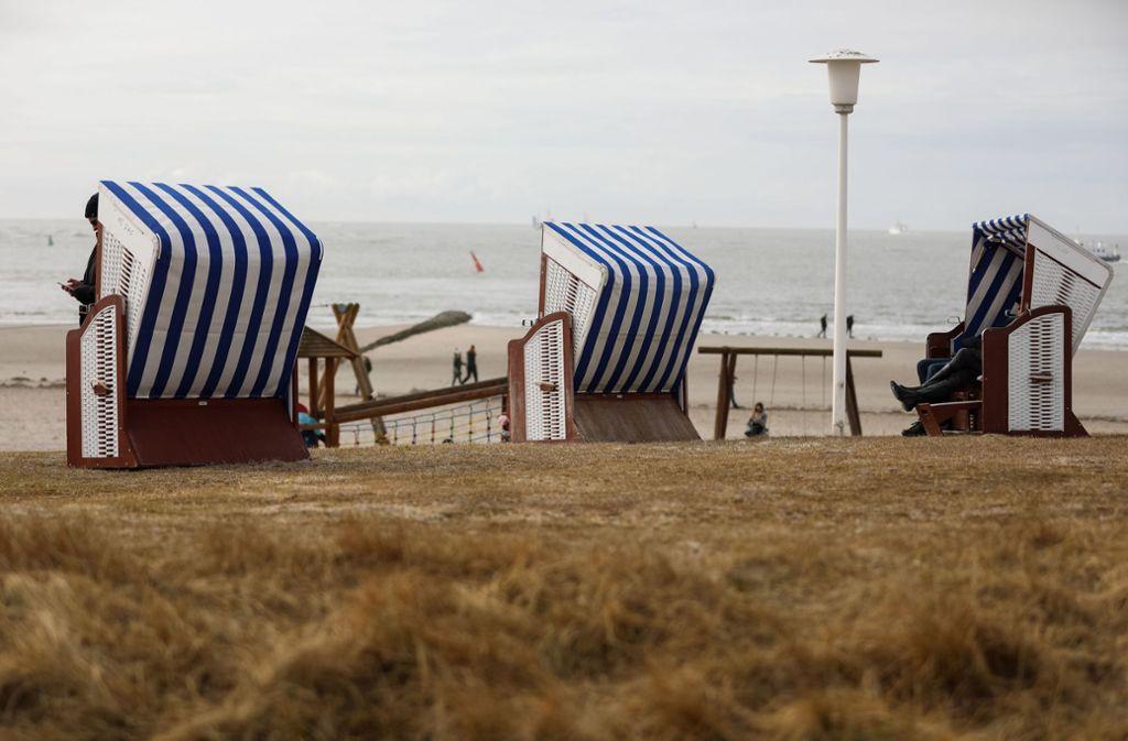 Strandkörbe auf Norderney: die Nordseeinsel hat 500000 Gäste pro Jahr Foto: dpa