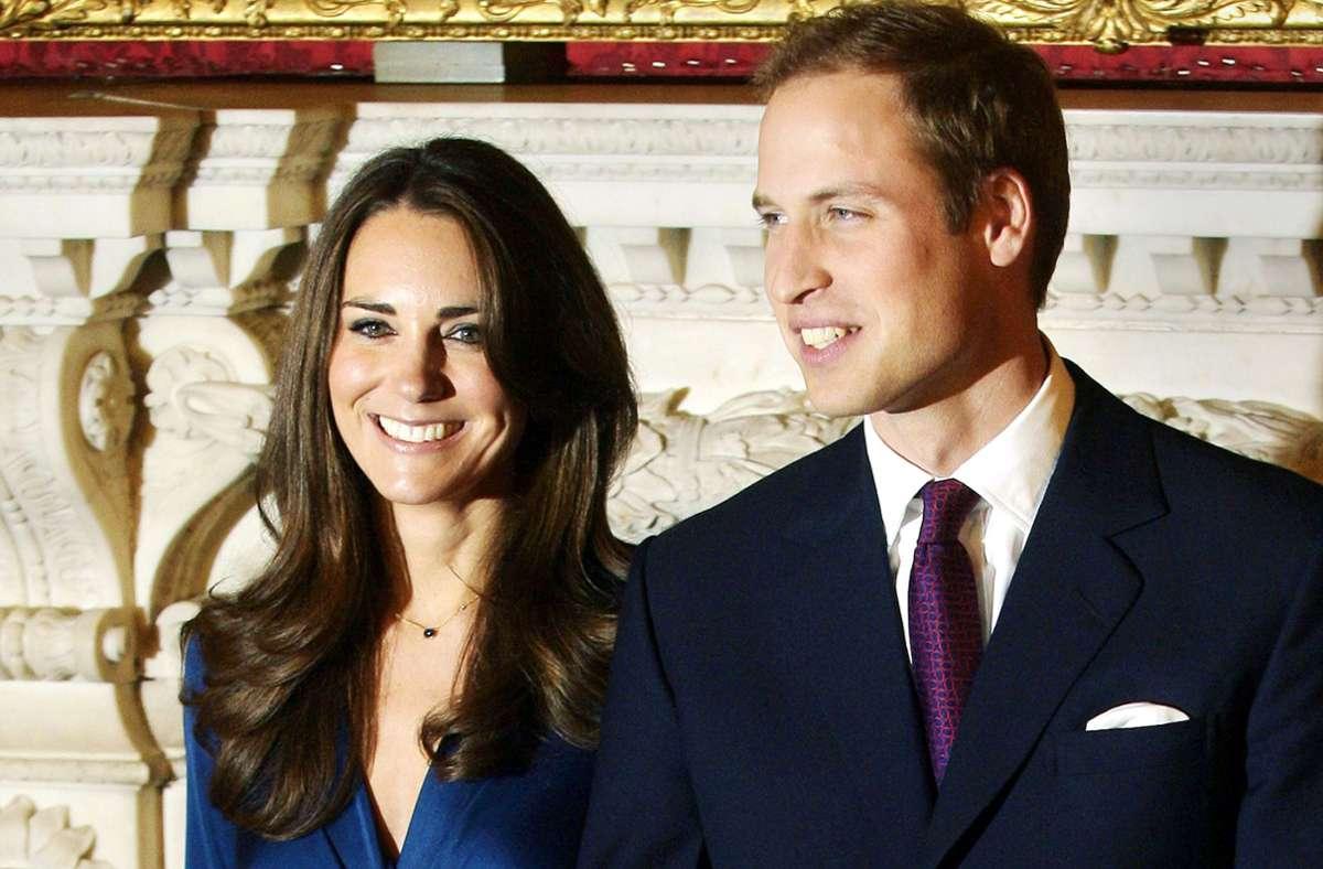 Ein Paar, dessen Revival ein  offensichtliches Happy End hatte, sind Prinz William (38) und Herzogin Catherine (39), hier bei ihrer Verlobung 2010. Wie es dazu kam, lesen Sie in unserer Bildergalerie. Foto: dpa/Str