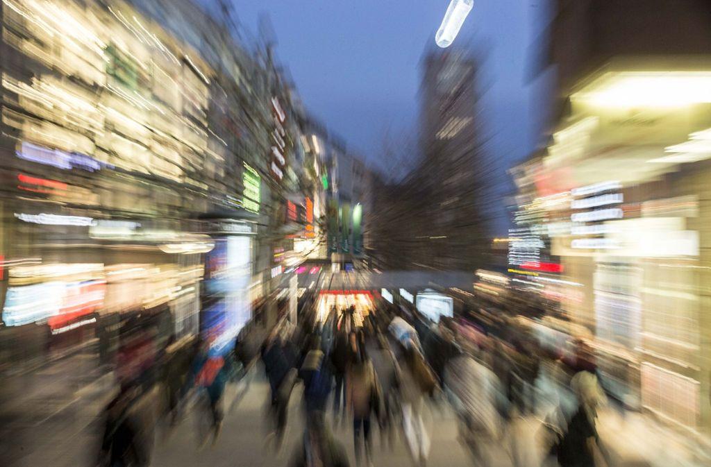 Hat der Feinstaubalarm die weihnachtliche Shoppingstimmung vermiest? Foto: Lichtgut/Leif Piechowski