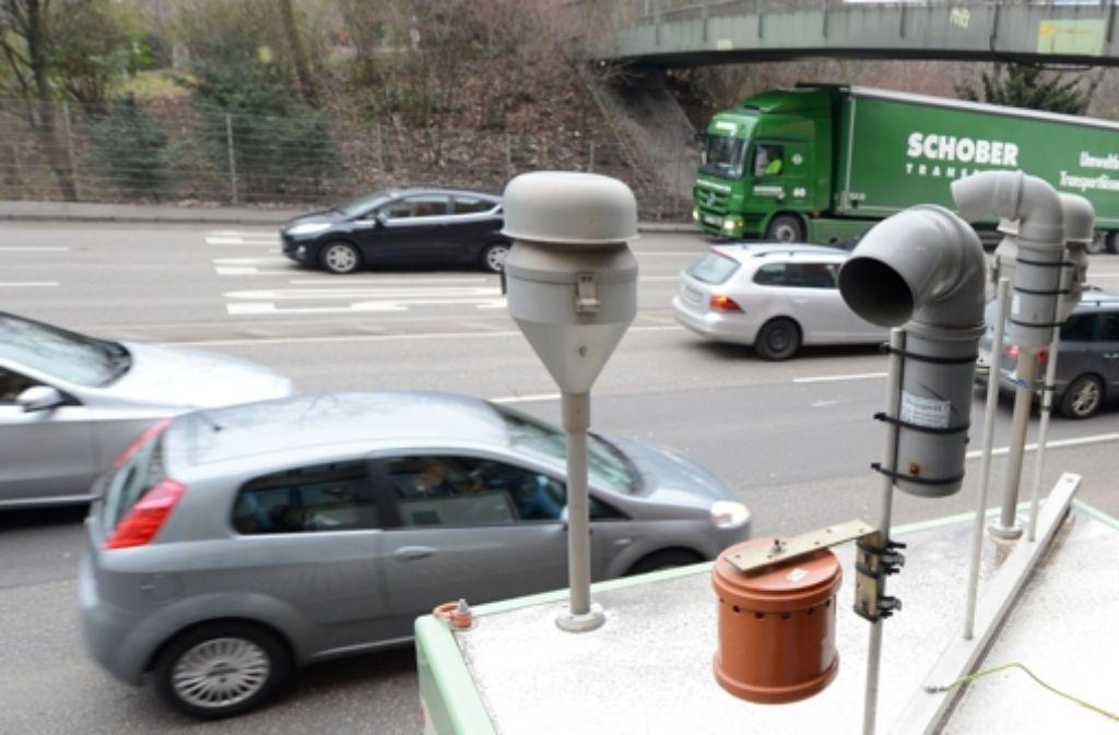 Die Feinstaub-Messstation am Neckartor in Stuttgart Foto: dpa