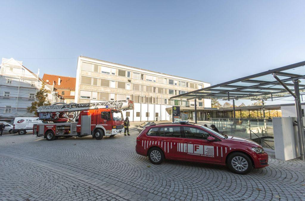 Die Feuerwehr musste im Rathaus Waiblingen einen  kleineren Brand löschen. Foto: 7aktuell.de/Simon Adomat