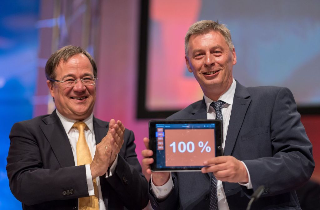 Zustände wie in der SPD: Parteichef Armin Laschet (l.) und Generalsekretär Bodo Löttgen präsentieren das Ergebnis der CDU-Mitgliederbefragung. Foto: dpa