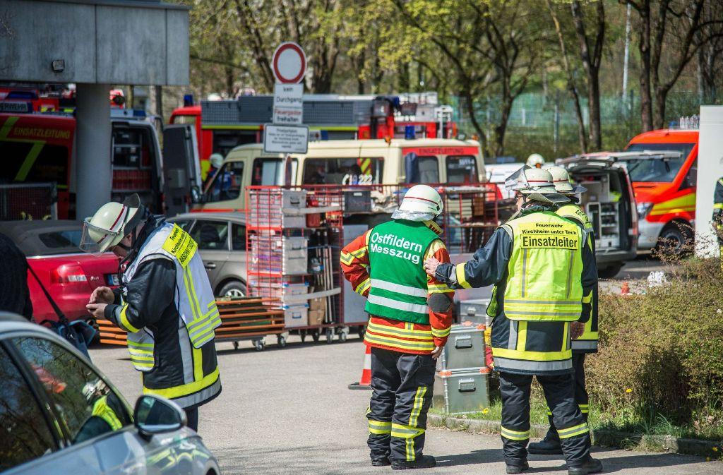 Großeinsatz am Schloßgymnasium in Kirchheim: Die Ursache des Vorfalls ist noch nicht geklärt. Foto: SDMG