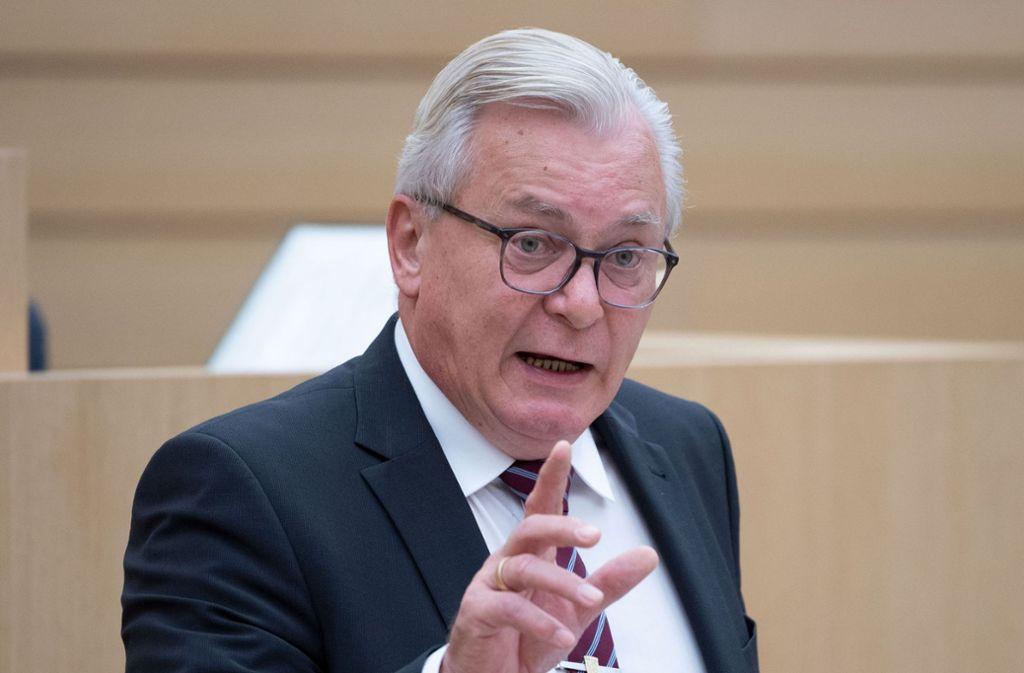 AfD-Fraktionschef Bernd Gögel glaubt nicht, dass Poggenburgs Austritt weitere Mitglieder dazu bewegt, auszutreten. Foto: dpa