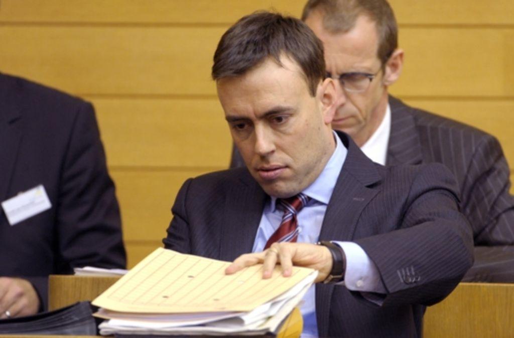Finanzminister Nils Schmid (SPD) muss sich Kritik an seinem Haushalt anhören. Foto: dpa