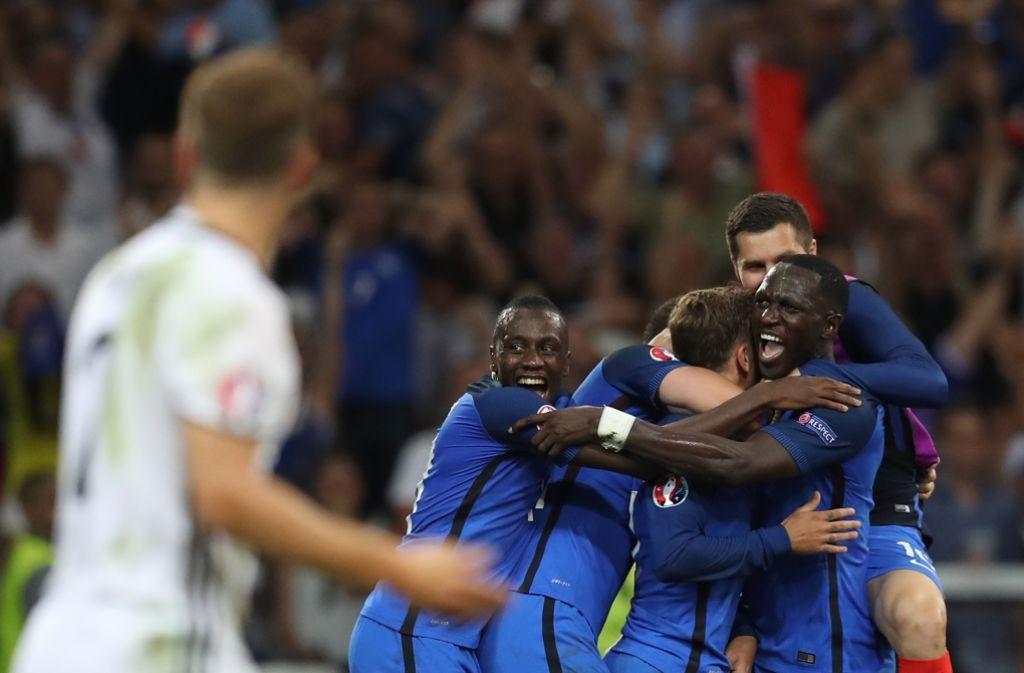 Riesenjubel bei Frankreich. Gegen Deutschland zieht der EM-Gastgeber ins Finale ein. Foto: AFP