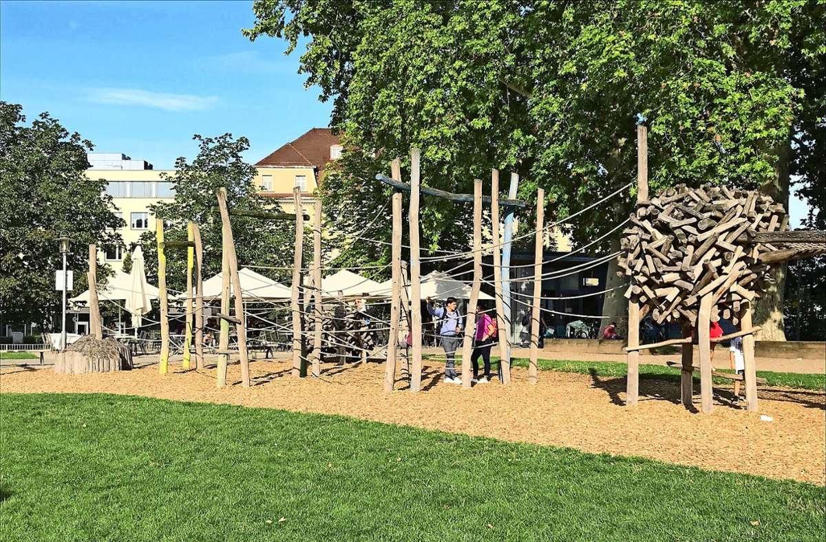 Einen Spielplatz wie den hier in der  Esslinger Parkanlage Maille wünschen sich die Freien Wähler auch für Stuttgart. Foto:
