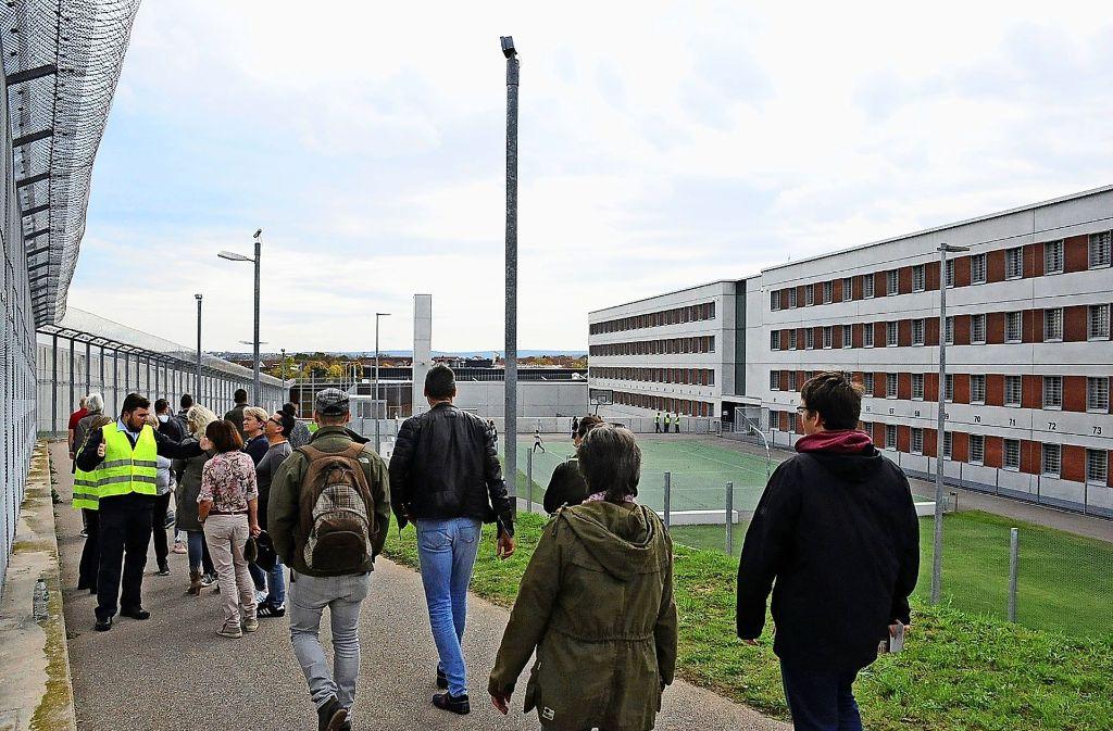 Die Besucher konnten auch den Außenbereich der Erweiterung  besichtigen. Foto: Linsenmann