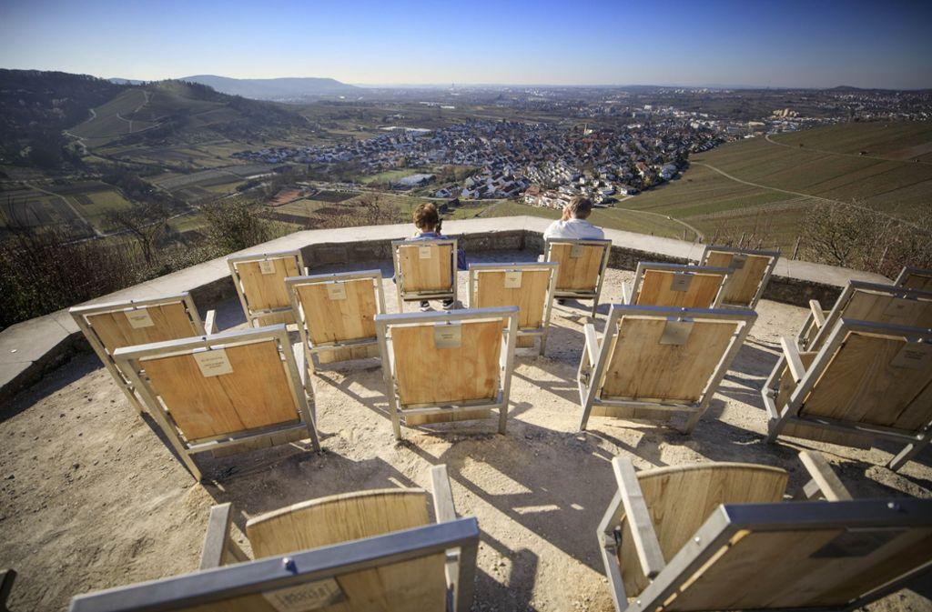 Die Stuhlreihen des Remstalkinos in Weinstadt stehen bereit für die Remstal-Gartenschau. Sie wurden von Bürgern finanziert. Foto: Gottfried Stoppel