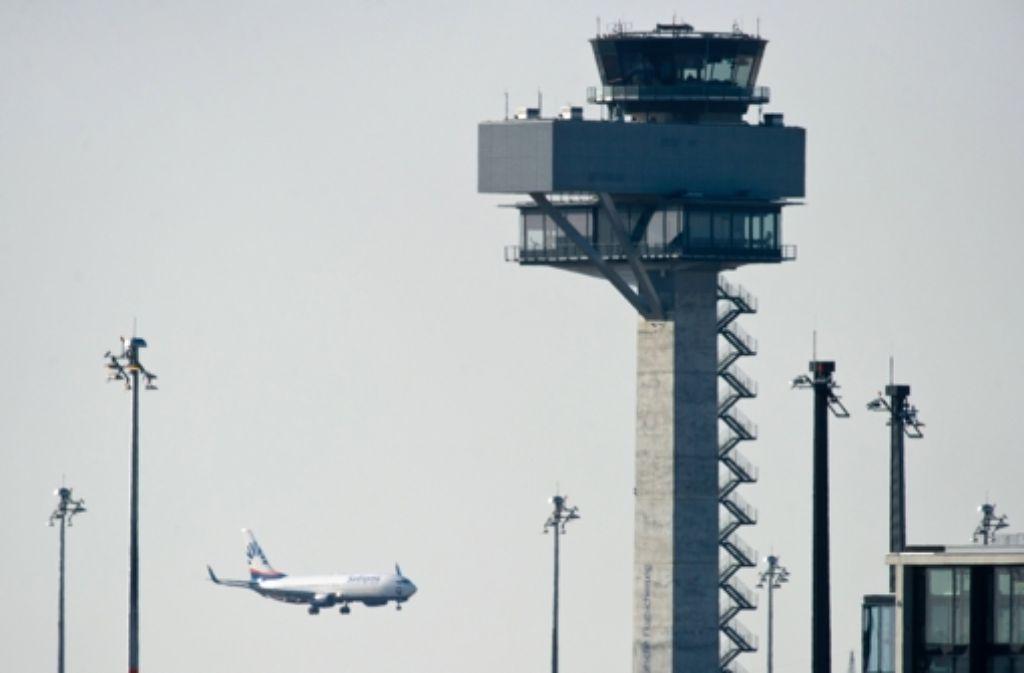 Die umstrittenen Flugrouten beim  Berliner Flughafen sind rechtens. Foto: dpa-Zentralbild