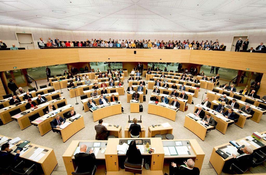 Der Landtag entscheidet, wofür die Einnahmen des Landes ausgegeben werden Foto: dpa/Tom Weller