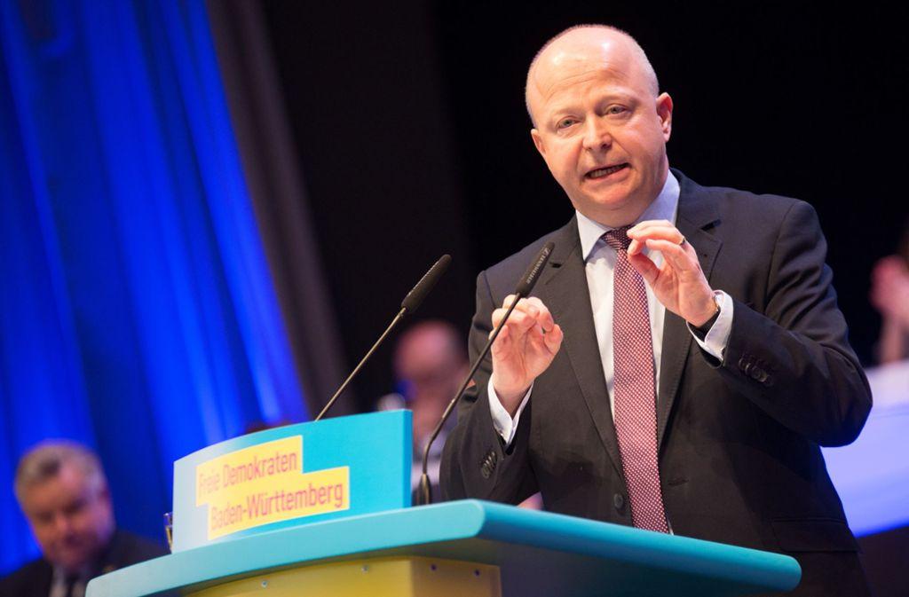 FDP-Landeschef Michael Theurer beim Auftakt des Landesparteitags in Fellbach Foto: dpa