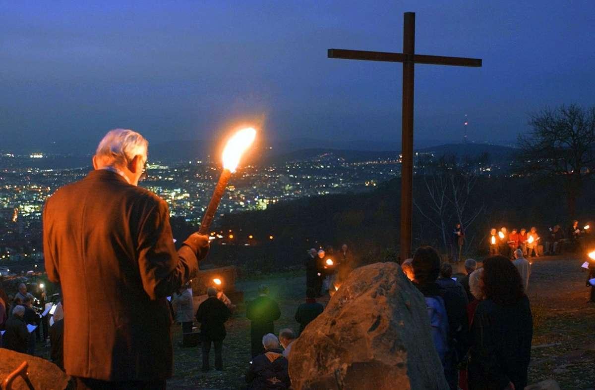 Gottesdienst zum Buß- und Bettag im Stuttgarter Westen auf dem Trümmerberg  Birkenkopf Foto: dpa/Weißbrod