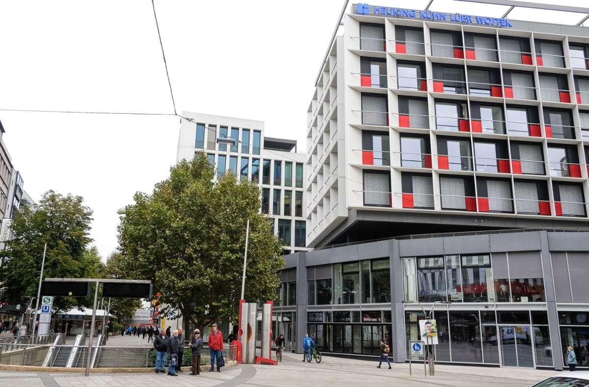 Das Erdgeschoss des Hofbräu-Eckhauses an der Königstraße ist noch leer. Zieht Blockhouse ein? Foto: Lichtgut/Max Kovalenko