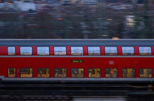 Liegengebliebener Regionalzug sorgt für S1-Verspätungen