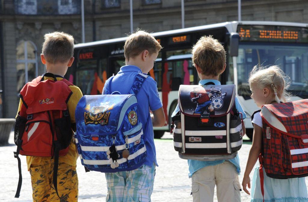 Ein Schulbusfahrer war im Kreis Calw alkoholisiert unterwegs. (Symbolbild) Foto: dpa
