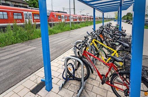 Fahrräder bekommen ein Dach über dem Sattel