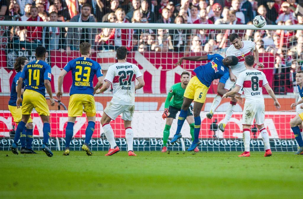 Der VfB Stuttgart zeigte lange Zeit ein gutes Spiel, konnte sich gegen RB Leipzig jedoch nicht durchsetzen. Foto: dpa