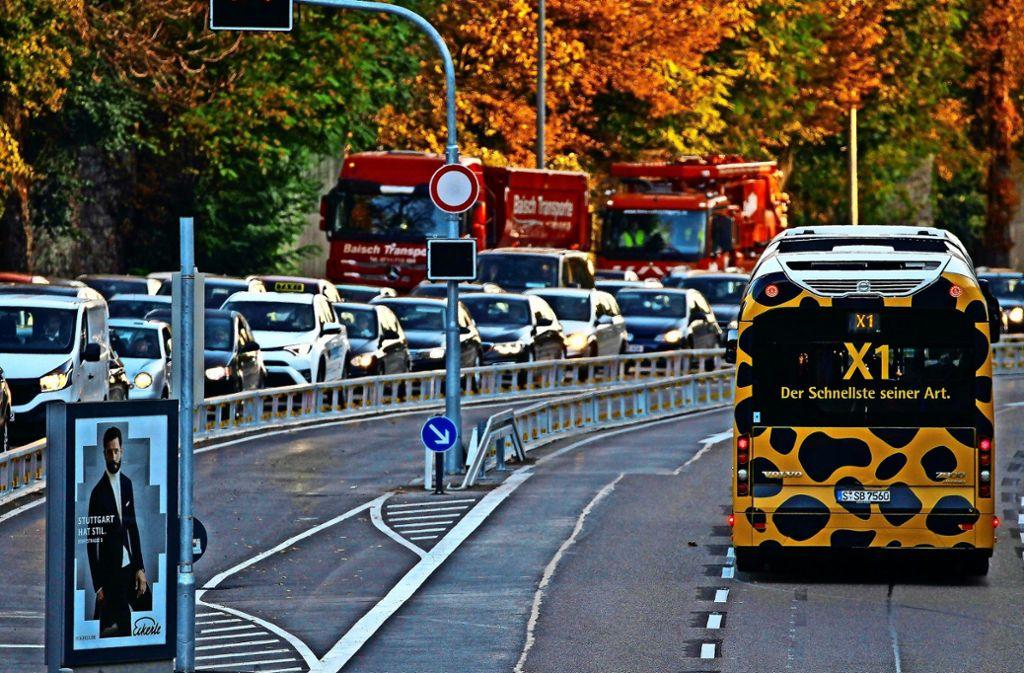 """Der X1 wirbt mit """"Der Schnellste seiner Art"""". Wird das auch für den Expressbus auf den Fildern gelten? Foto: Lichtgut/Piechowski"""