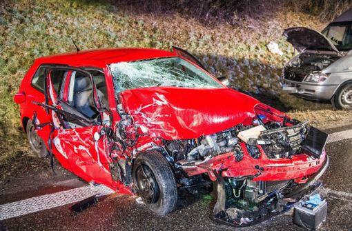Lebensgefährlich und schwerverletzte Personen bei Unfall