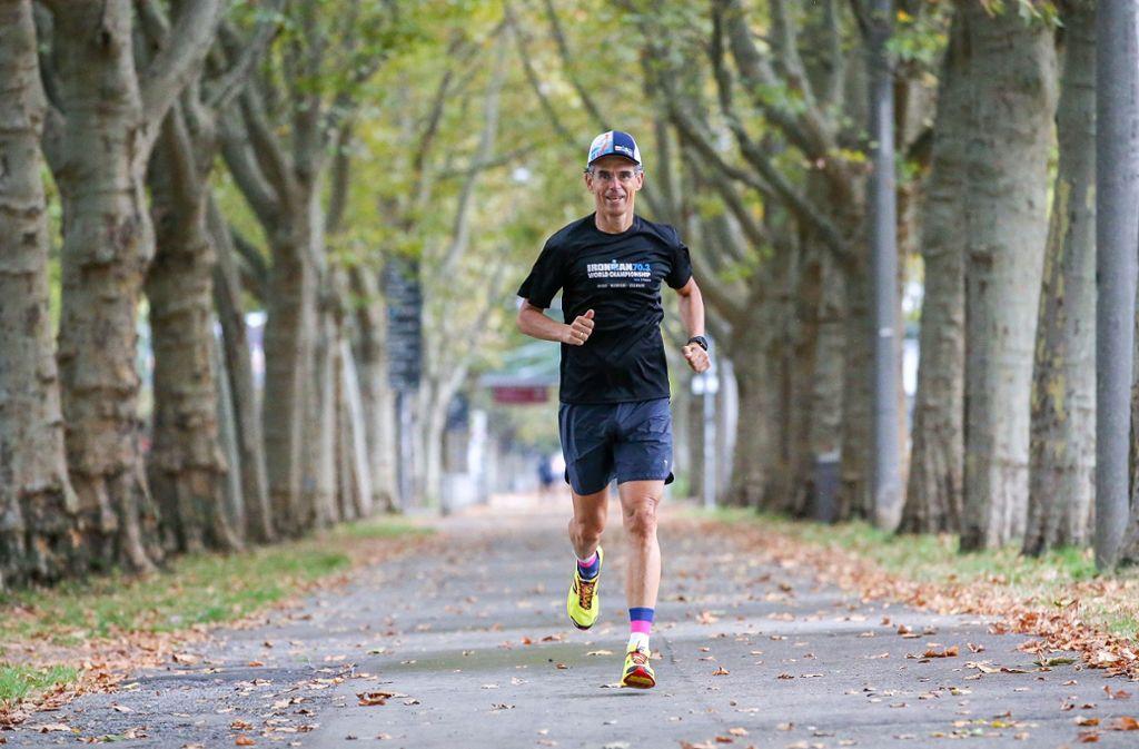 Kurz vor dem Ironman trainiert Frank Schreiner zwölf Stunden pro Woche. Foto: Pressefoto Baumann/Alexander Keppler