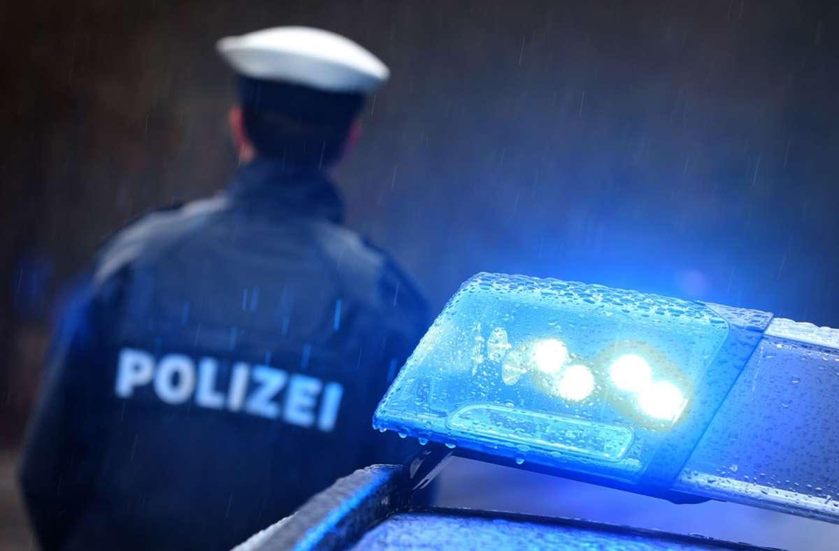Die Polizei ermittelt in einem rätselhaften Fall im Enzkreis (Symbolbild). Foto: picture alliance/dpa/Karl-Josef Hildenbrand