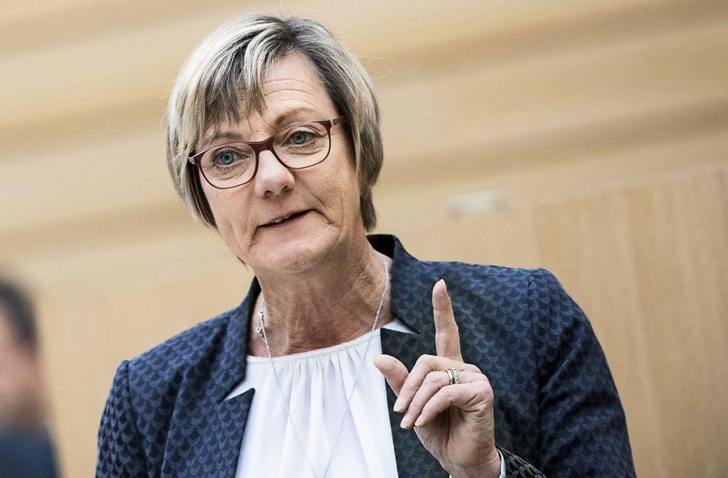Finanzministerin Edith Sitzmann plant einen Nachtragshaushalt Foto: dpa/Tom Weller