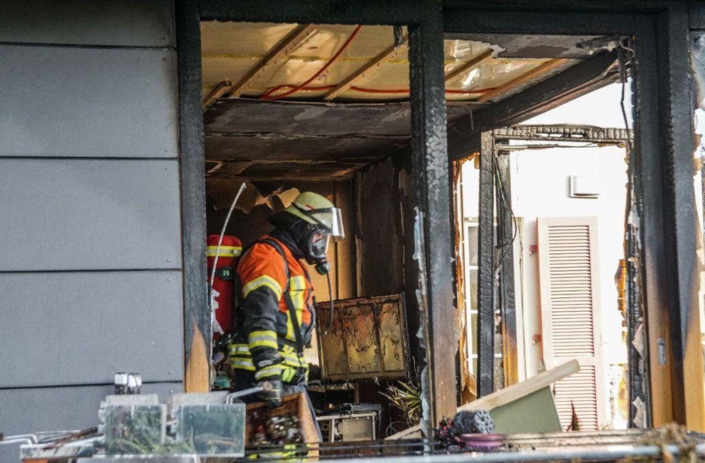 Die Schäden an dem Herrenberger Wohnhaus nach einem Brand sind verheerend. Foto: SDMG/ / Dettenmeyer