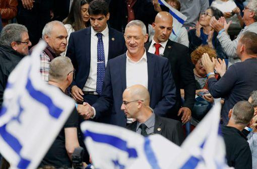 Der kühle General fordert Netanjahu heraus