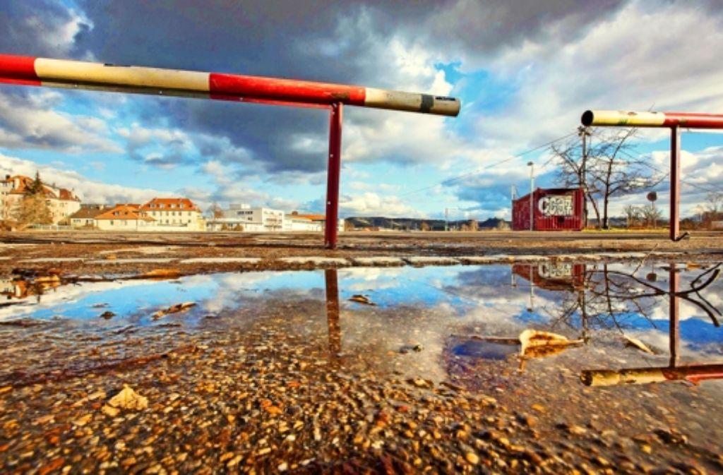 Seit 2002 harrt das ehemalige Güterbahnhofareal der Bebauung. Nun wird aber eine Machbarkeitsstudie vorgelegt. Foto: Michael Steinert