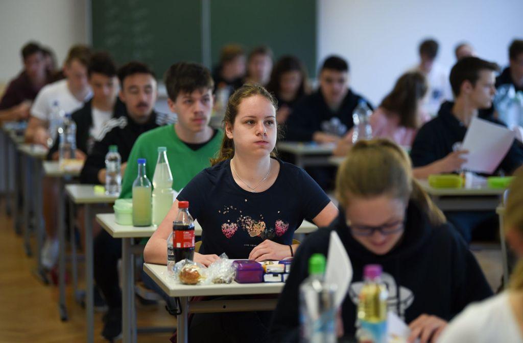 Die Abiturprüfungen sollten vergleichbarer werden. Foto: dpa