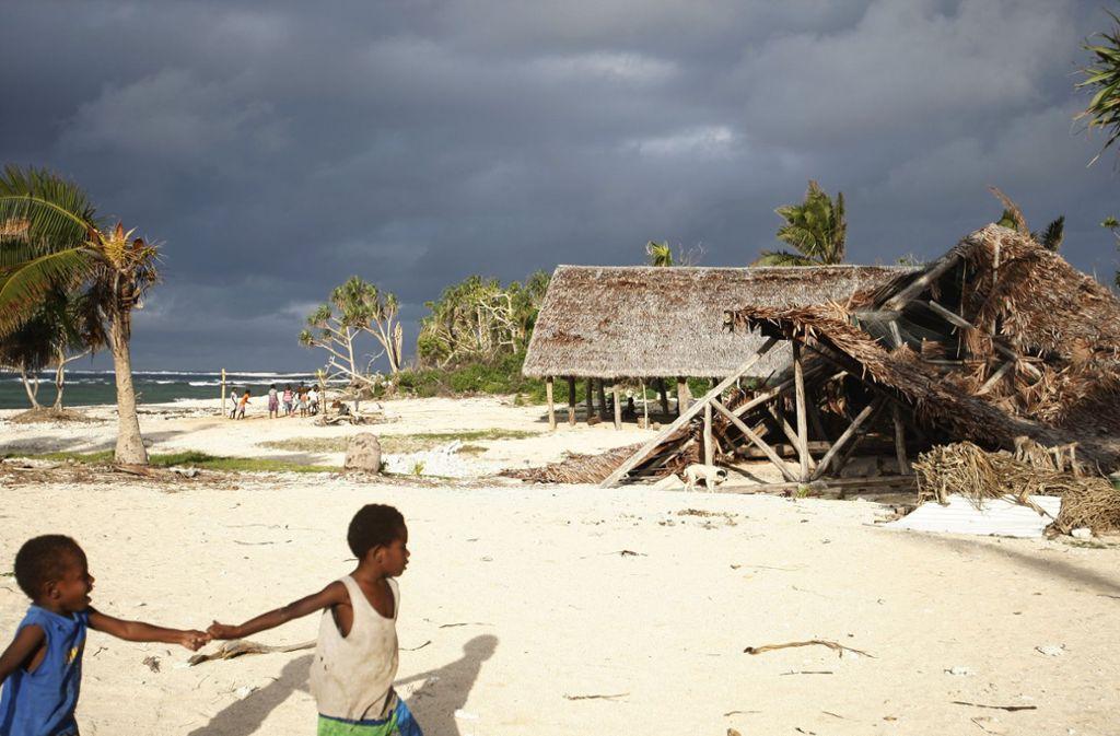 Die Behörden warnten vor einer Tsunami-Gefahr für nahegelegene Inseln wie Vanuatu (Archivfoto). Foto: AP