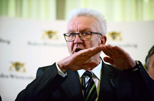 Landtag sucht Wege aus der Krise