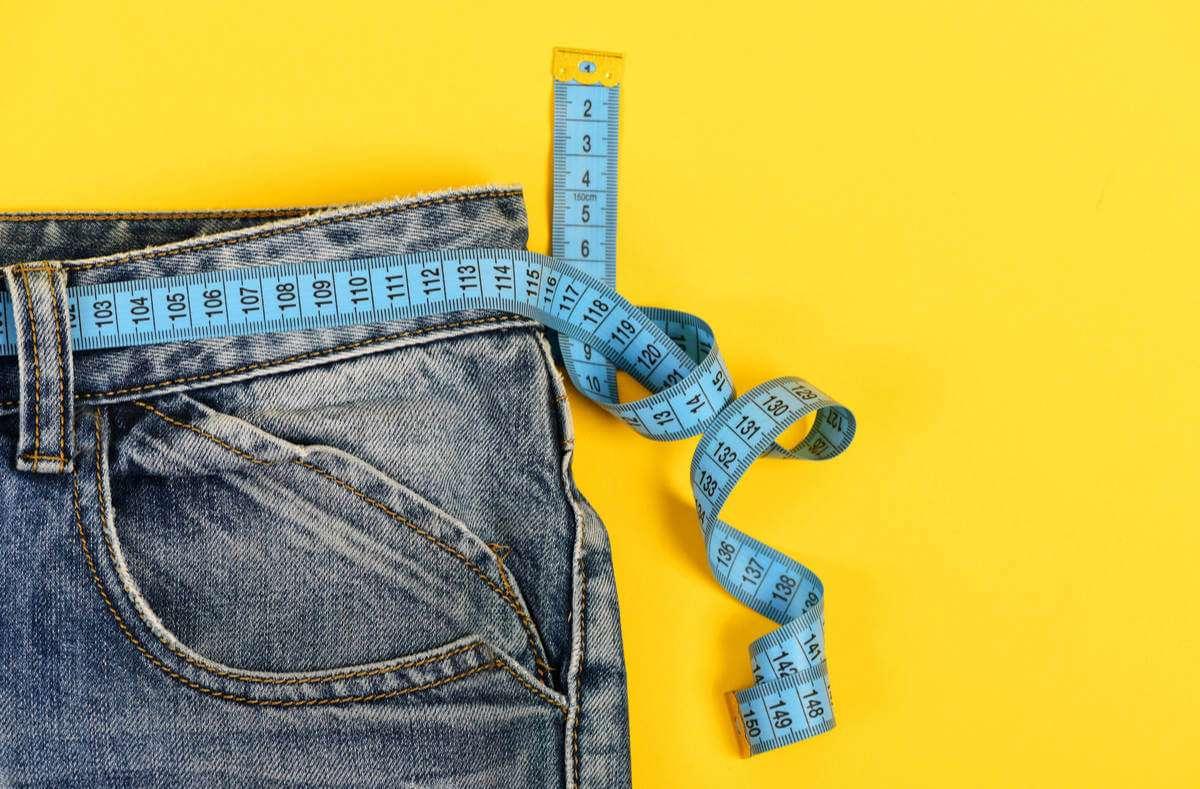 Gesund und leicht abnehmen ohne Diät: Wer auf ein paar Dinge achtet, kann auch ohne Diät abnehmen und das ganz ohne Verzicht. Foto: Just dance / Shutterstock.com