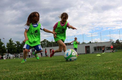 Mädchen wollen Fußball spielen