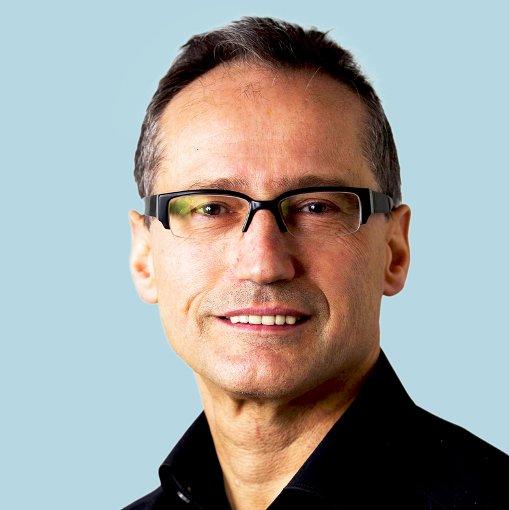 Kultur: Roland Müller (rm)