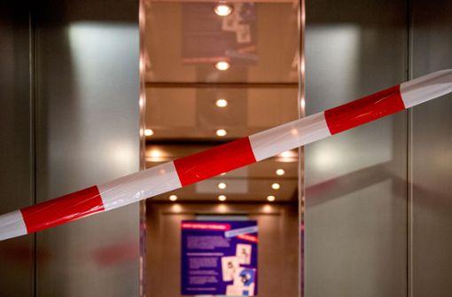 TÜV stellt  an 4200 Aufzügen gefährliche Mängel fest