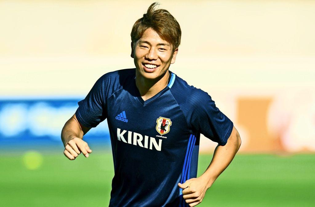 Bald für den VfB Stuttgart am Ball: Der 21 Jahre alte Japaner Takuma Asano Foto: AFP