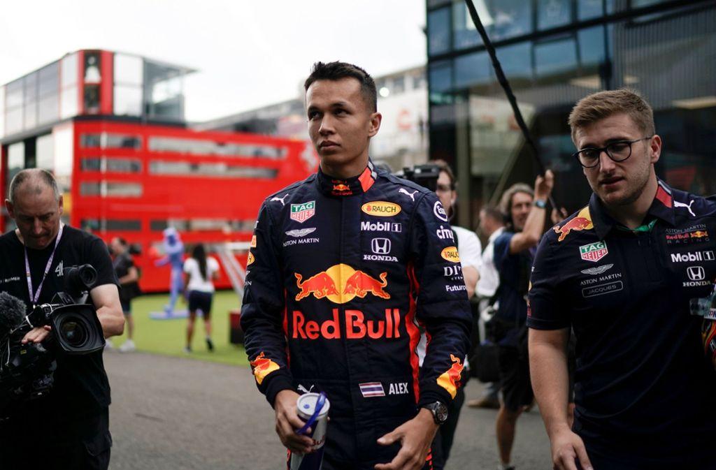 Alexander Albon steht beim Großen Preis von Belgien nach seiner Beförderung zum Red-Bull-Piloten plötzlich im Rampenlicht und im Interesse der Medien. Foto: AFP